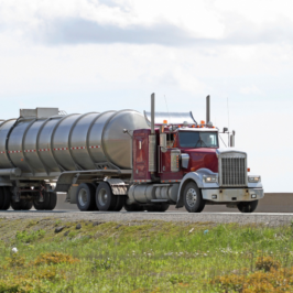 Five steps to finding a higher paying job in trucking