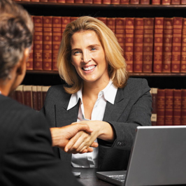 How to Become a Commercial Law Attorney